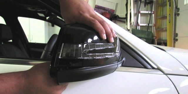 hiasan mobil murah Outer Mirror Cover With Lamp
